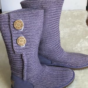 UGG purple Classic Cardy Knit may fit women size 5